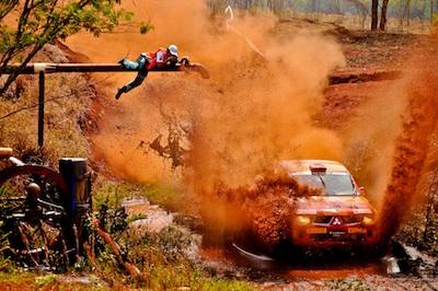 Cadu Rolim do Portal Autoterra fotografando a Mitsubishi Cup. Foto: Eduardo Canha